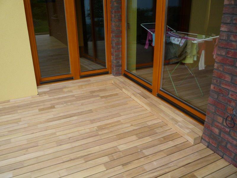 Akátové dřevo na terasu