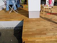 Obložení schodu. Terasa z akátu natřená Pflege-ol od fa. Remmers.Akátová terasová prkna