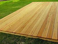 Dřevěná terasová prkna ze sibiřského modřínu