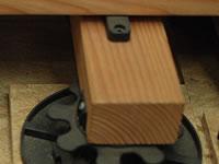 """terasový terč a """"neviditelné"""" uchycení pro dřevěnou terasu"""